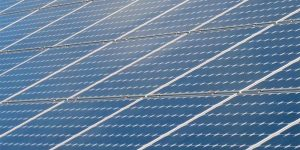 New perovskite-silicon tandem solar cells are more efficient